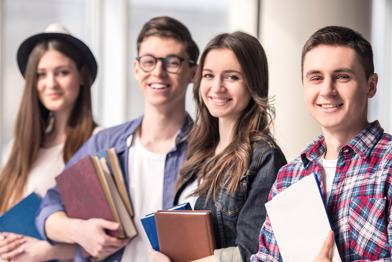 Ayuda por gastos de educación