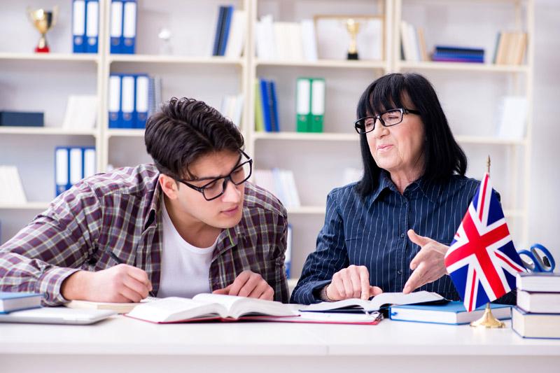 Ayuda educación estudio idiomas La Fundación