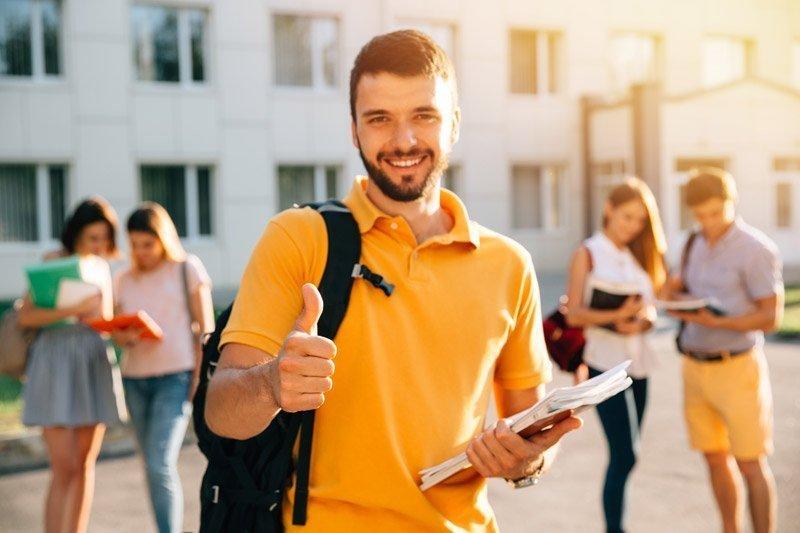Ayuda educación estudios universitarios La Fundación San Prudencio