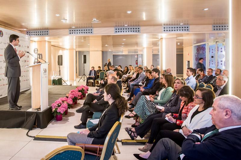 debate de las empresas sobre las claves para la jubilación de directivos en el XX Encuentro Empresa de La Fundación San Prudencio en Vitoria